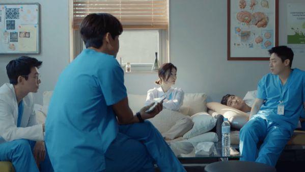 """Tổng hợp nhạc phim OST """"Hospital Playlist/Chuyện Đời Bác Sĩ"""" 2"""