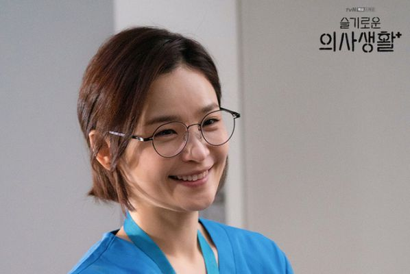 5 phim Hàn hay đề tài y khoa để cảm nhận tấm lòng của người làm Y 4