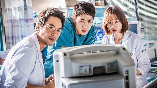 5 phim Hàn hay đề tài y khoa để cảm nhận tấm lòng của người làm Y 7