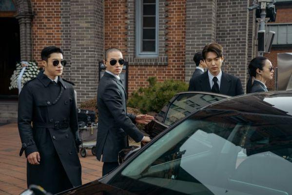 """Đội cận vệ siêu ngầu của Lee Min Ho trong """"The King: Eternal Monarch""""4"""
