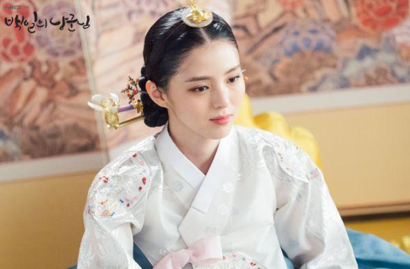 """Han So Hee: """"Tiểu tam"""" visual gây sốt trong """"Thế Giới Hôn Nhân""""11"""