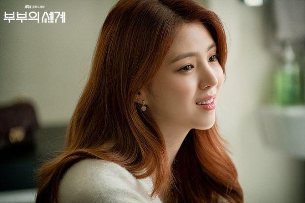 """Han So Hee: """"Tiểu tam"""" visual gây sốt trong """"Thế Giới Hôn Nhân""""14"""
