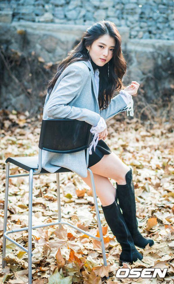 """Han So Hee: """"Tiểu tam"""" visual gây sốt trong """"Thế Giới Hôn Nhân""""18"""