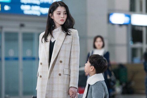 """Han So Hee: """"Tiểu tam"""" visual gây sốt trong """"Thế Giới Hôn Nhân""""5"""