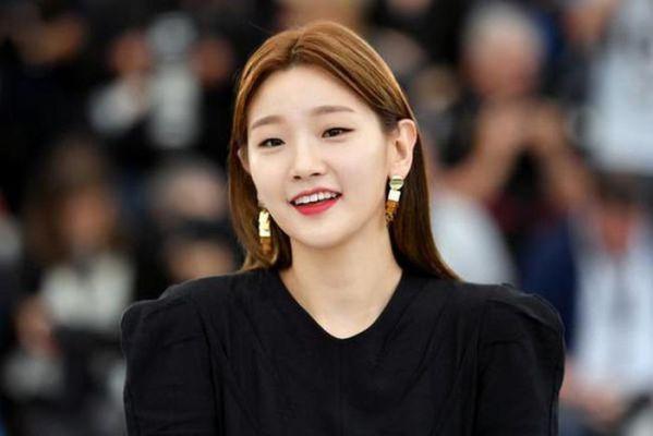 """""""Record of Youth"""" của Park Bo Gum và Park So Dam bắt đầu quay 5"""