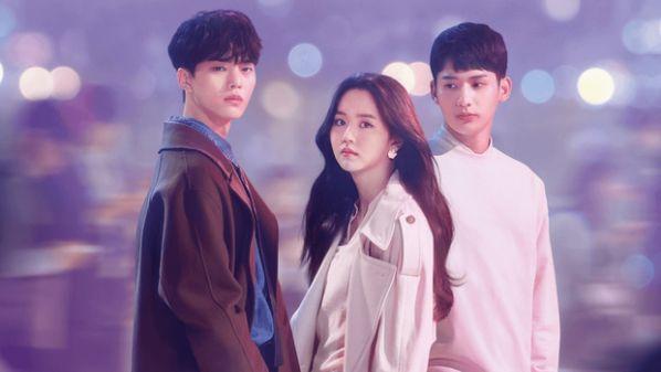 """""""Love Alarm 2"""" lộ ảnh hậu trường của Kim So Hyun và Song Kang 4"""