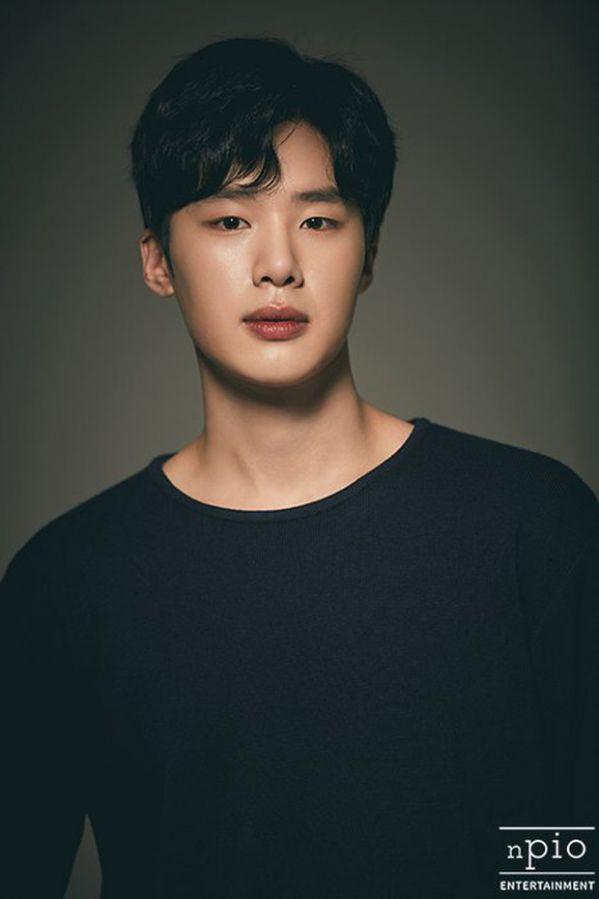 List phim của Kim Dong Hee trong Extracurricular/Hoạt Động Ngoại Khóa 5