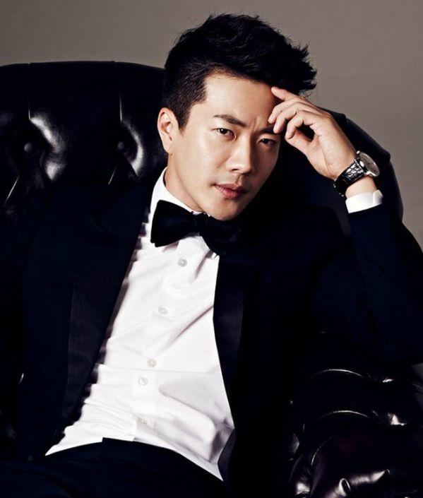 """Dàn diễn viên chính thức của """"The Pirates 2"""": Sehun, Lee Kwang Soo...6"""