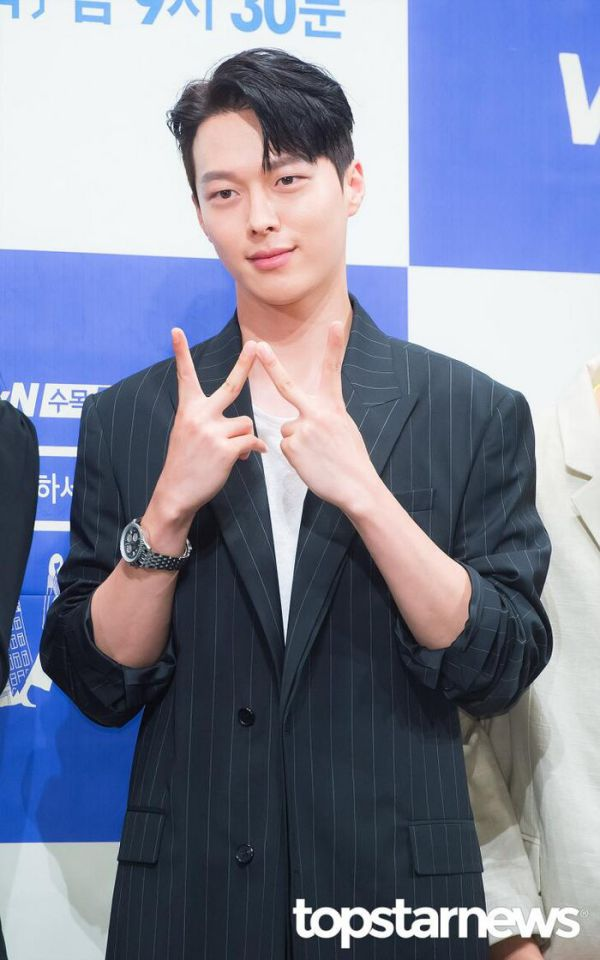 Ji Sung, Sehun (EXO), L (Infinite), Woo Do Hwan rục rịch đóng phim mới 11