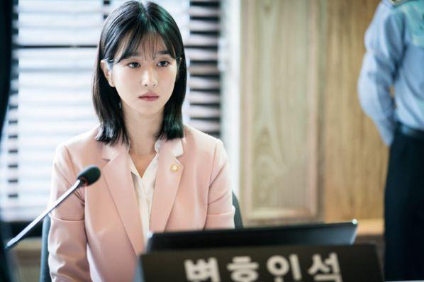 """Tất cả về Seo Ye Ji nữ chính trong """"Điên Thì Có Sao"""" mà bạn cần biết 16"""