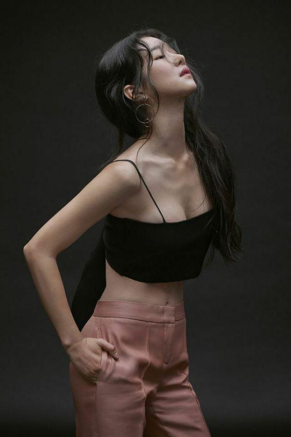 """Tất cả về Seo Ye Ji nữ chính trong """"Điên Thì Có Sao"""" mà bạn cần biết 2"""
