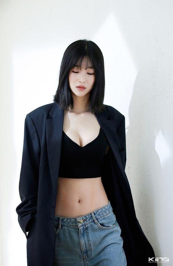 """Tất cả về Seo Ye Ji nữ chính trong """"Điên Thì Có Sao"""" mà bạn cần biết 4"""