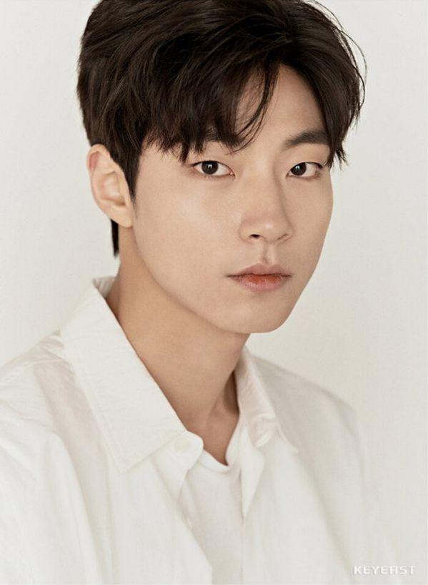 """Chính thức: Moon Ga Young, Cha Eun Woo đóng cặp trong """"True Beauty""""8"""