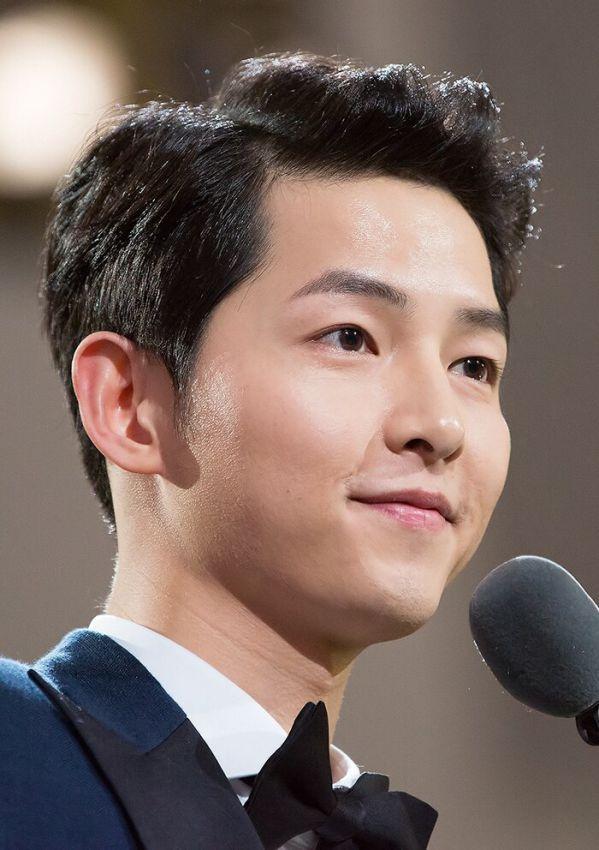 "Song Joong Ki, Jeon Yeo Bin, Taecyeon cùng tham gia ""Vincenzo"" 5"