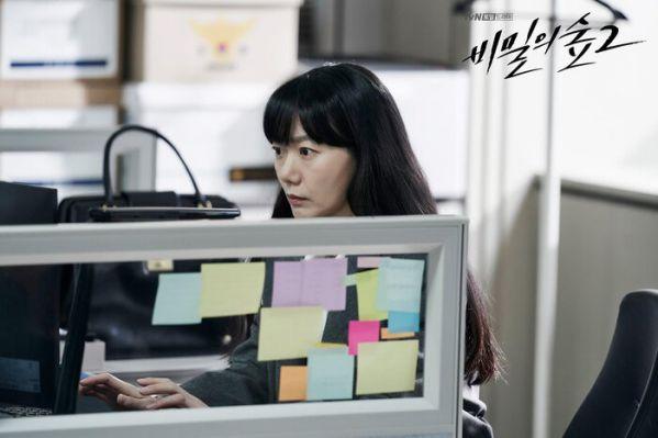 Top 10 phim truyền hình Hàn hot và nổi tiếng nhất tháng 8 2