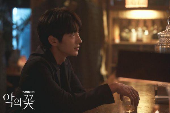 Top 10 phim truyền hình Hàn hot và nổi tiếng nhất tháng 8 5