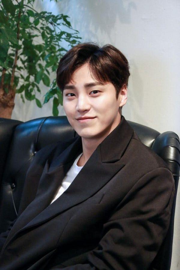 """L (Infinite) và Kwon Nara đóng chính trong """"Royal Secret Inspector""""10"""