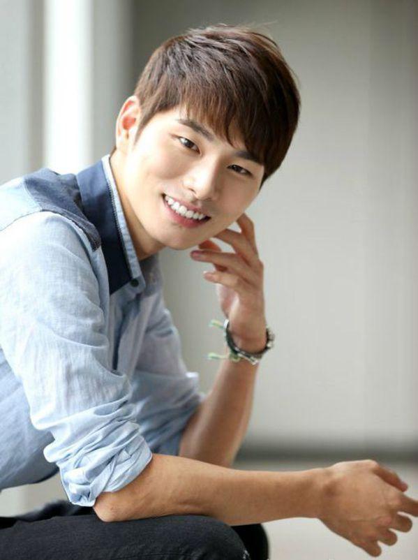 """L (Infinite) và Kwon Nara đóng chính trong """"Royal Secret Inspector""""9"""