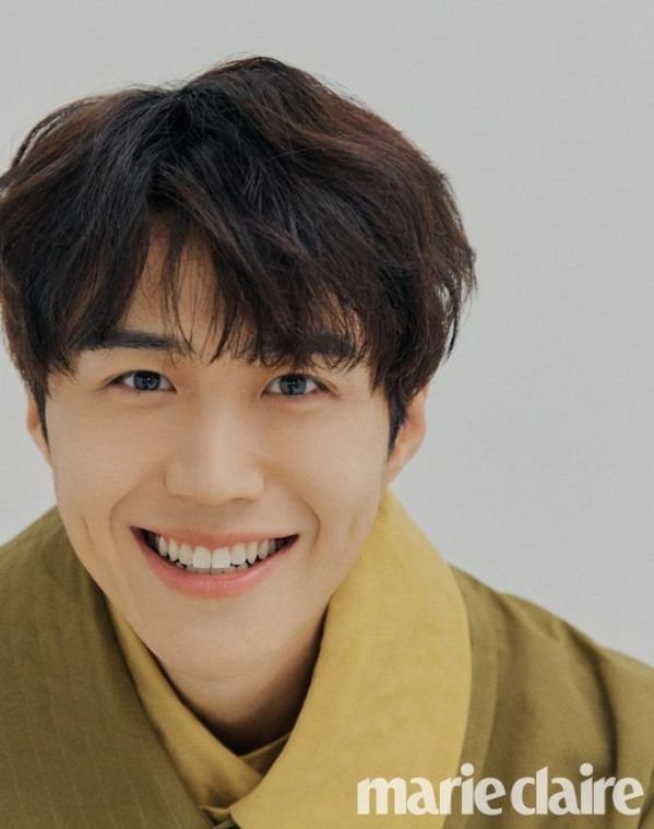 """Tất tần tật về Kim Seon Ho - Chàng nam phụ gây sốt trong """"Start Up""""2"""