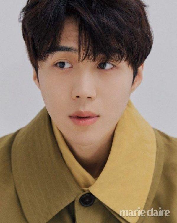 """Tất tần tật về Kim Seon Ho - Chàng nam phụ gây sốt trong """"Start Up""""3"""