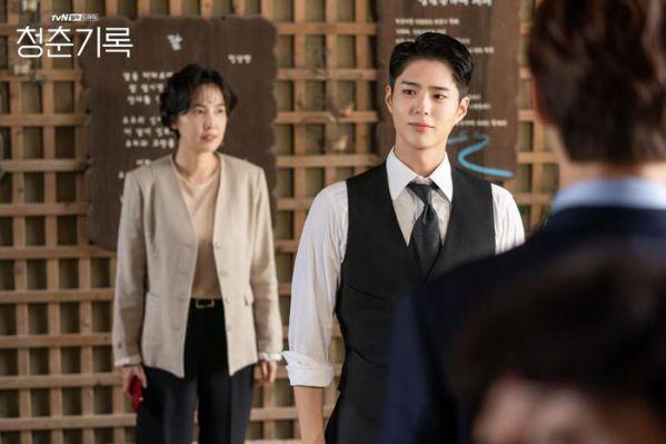 Top phim Hàn đang hot và nổi tiếng nhất giữa tháng 10/2020 1