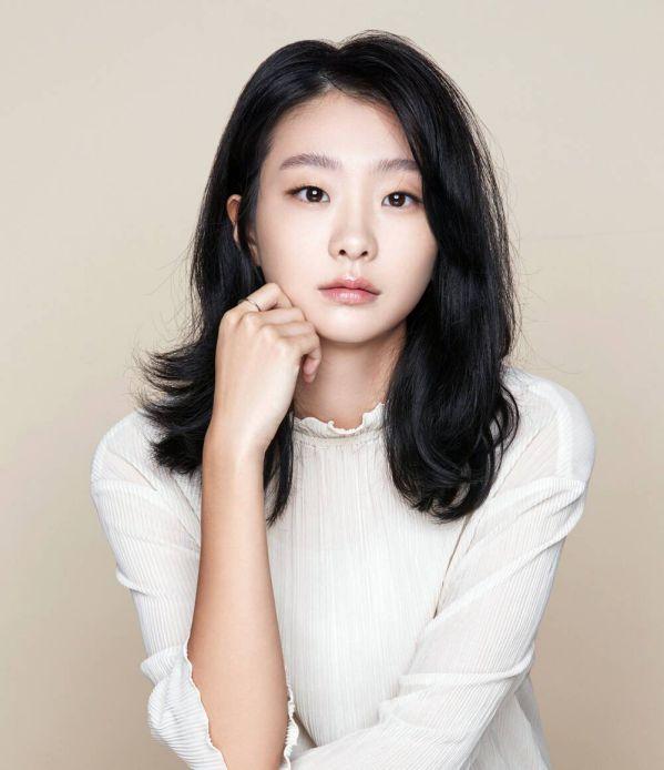"""Choi Woo Shik và Kim Da Mi tái ngộ trong phim """"That Year, We…""""3"""