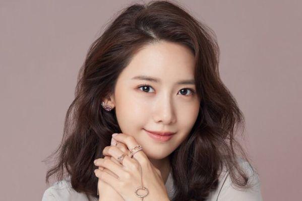 """Yoona và Lee Jong Suk nên duyên trong bộ phim """"Big Mouth""""?1"""