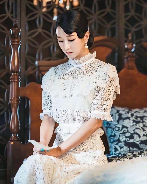 Top 4 phim Hàn hiện đại có phong cách thời trang đẹp nhất 16