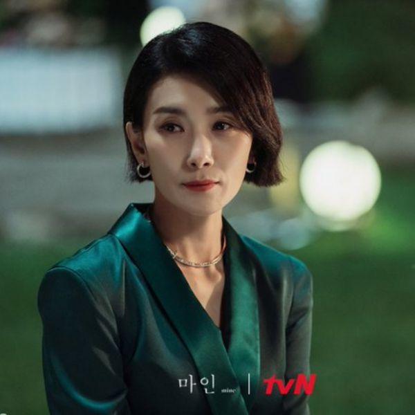 Top 4 phim Hàn hiện đại có phong cách thời trang đẹp nhất 25