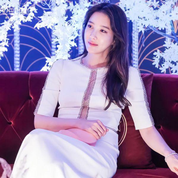 Top 4 phim Hàn hiện đại có phong cách thời trang đẹp nhất 28