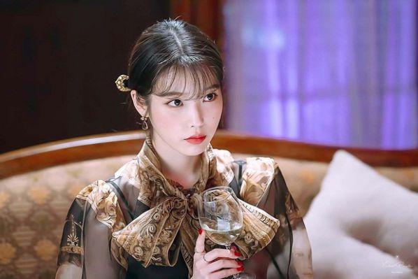 Top 4 phim Hàn hiện đại có phong cách thời trang đẹp nhất 5