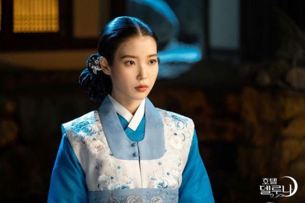Top 4 phim Hàn hiện đại có phong cách thời trang đẹp nhất 9
