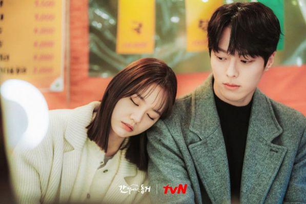 Top 6 phim Hàn sở hữu tam giác tình yêu tay ba cực hấp dẫn 4