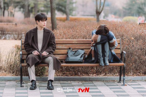 Top 6 phim Hàn sở hữu tam giác tình yêu tay ba cực hấp dẫn 5