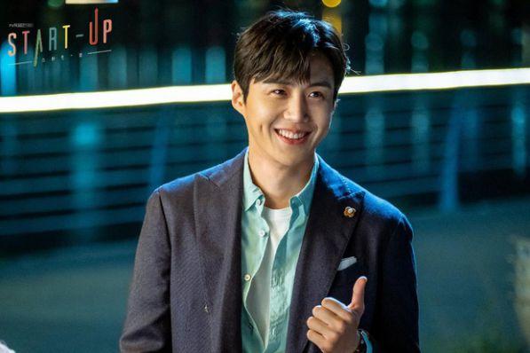 Top 6 phim Hàn sở hữu tam giác tình yêu tay ba cực hấp dẫn 7